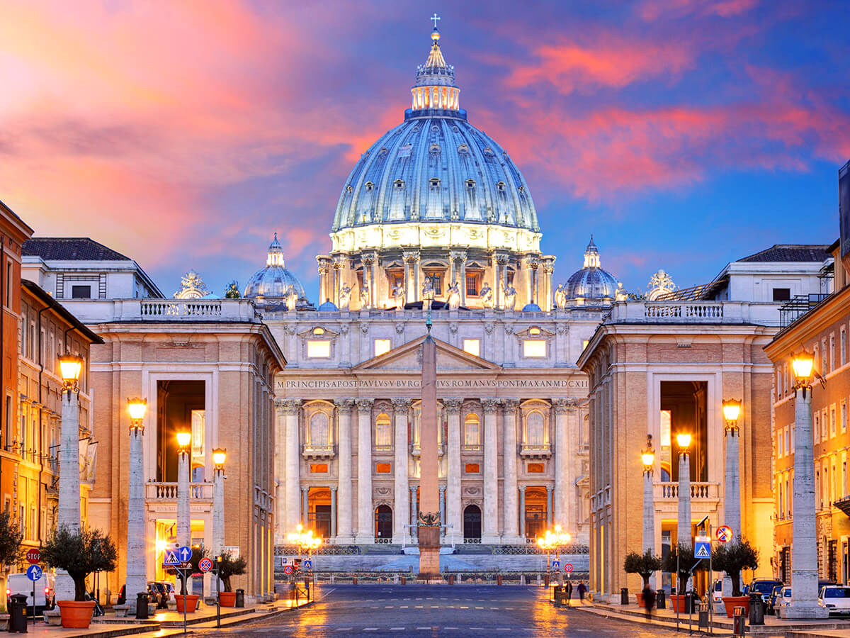 https://www.tourinthecity.com/wp-content/uploads/2019/03/Vatican-Private-Tours-2.jpg